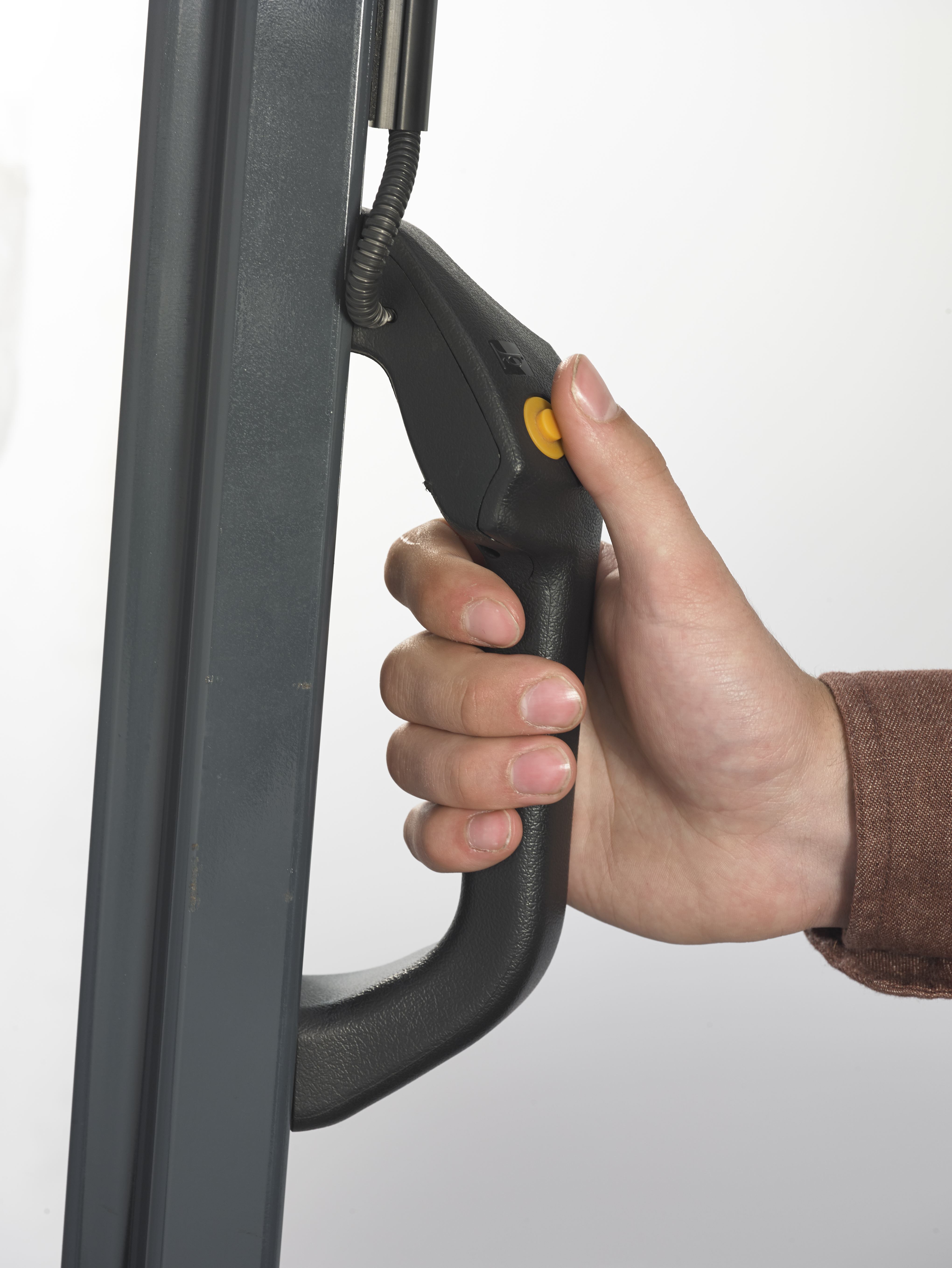 Rear Assist Grip with Horn