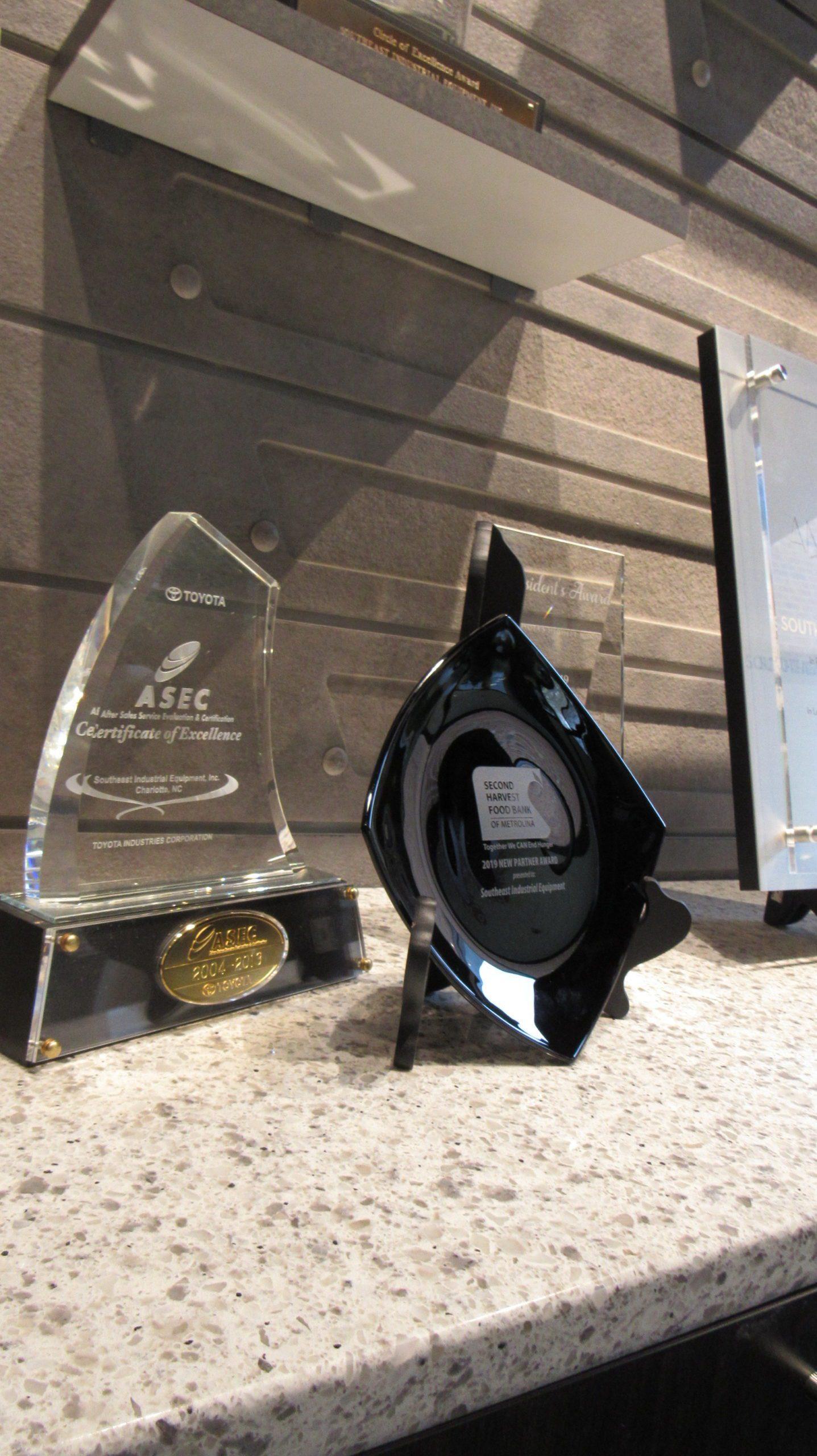 Southeast Industrial Equipment wins Second Harvest Food Bank Partner Award